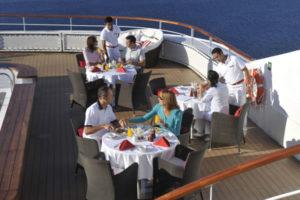 Eleganti ristoranti a bordo di una nave Carnival